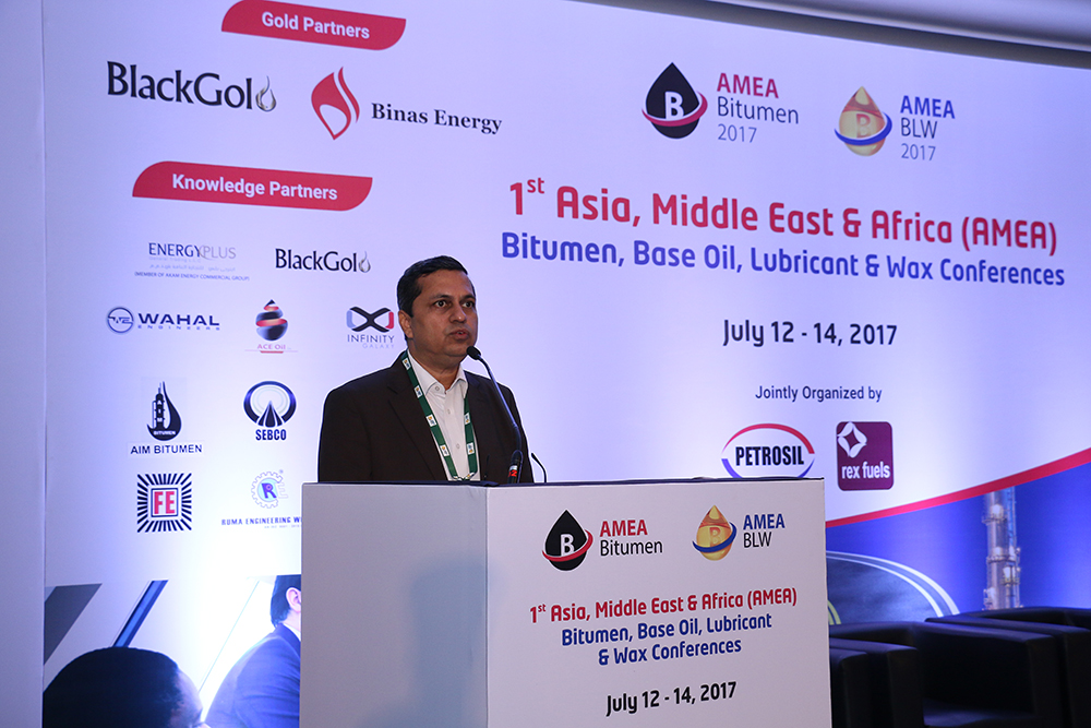 Sessão Base Oil and Wax mediador das conferências Sr. Shailendra V.Gokhale Managing Partner Rosefield DAA International